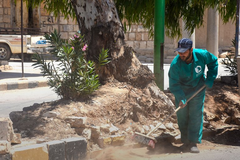 BINAA provided the cleanliness team in Idlib countryside with necessary equipment